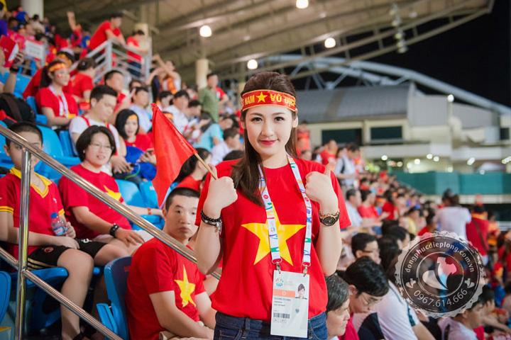 Áo cờ đỏ sao vàng – Biểu tượng của sự đoàn kết