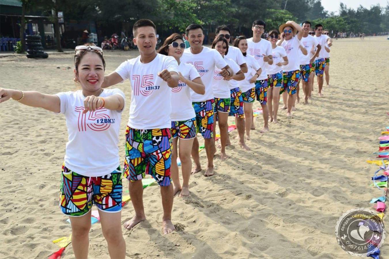 nhung-luu-y-chon-dong-phuc-du-lich-noi-bat-truoc-dam-dong-ban-can-biet