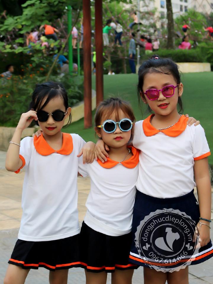 dong-phuc-mam-non-dep-hoan-hao