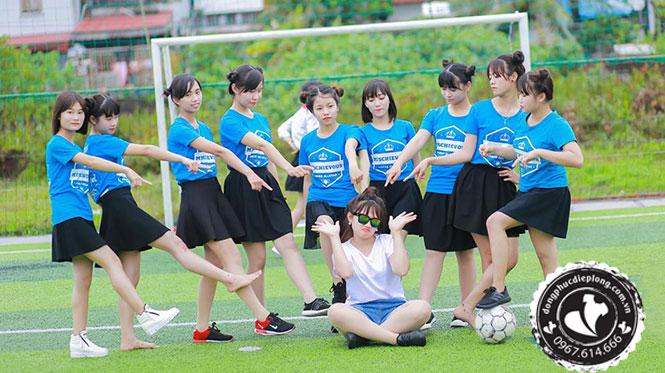 may-dong-phuc-lop-12-uy-tin-chat-luong-khong-qua-trung-gian-ngay-tai-ha-noi